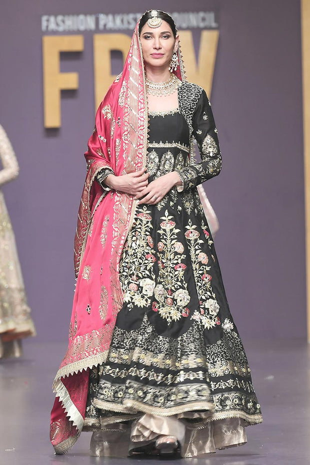 Pakistani Bridal Froke with Pink Shawl for Wedding Overall Look