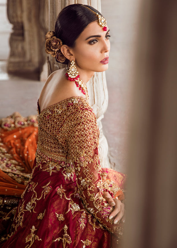 Pakistani Bridal Gown Lehnga for Wedding Backside Closeup