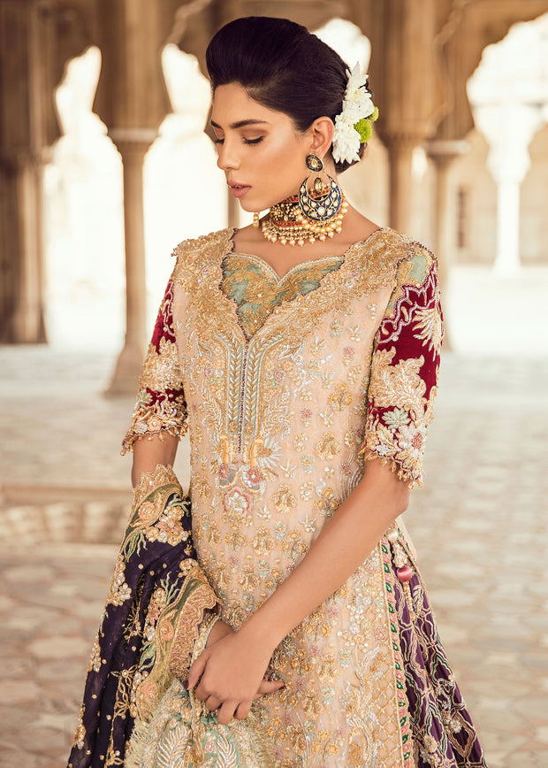 Pakistani Bridal Trail Lehnga for Wedding Closeup