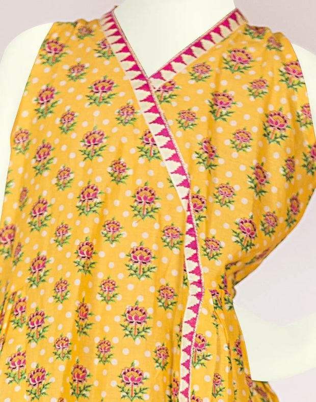 Pakistani kidz dress of yellow colour 1