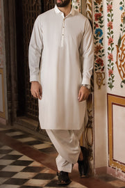 Pakistani men's designer clothes on sale