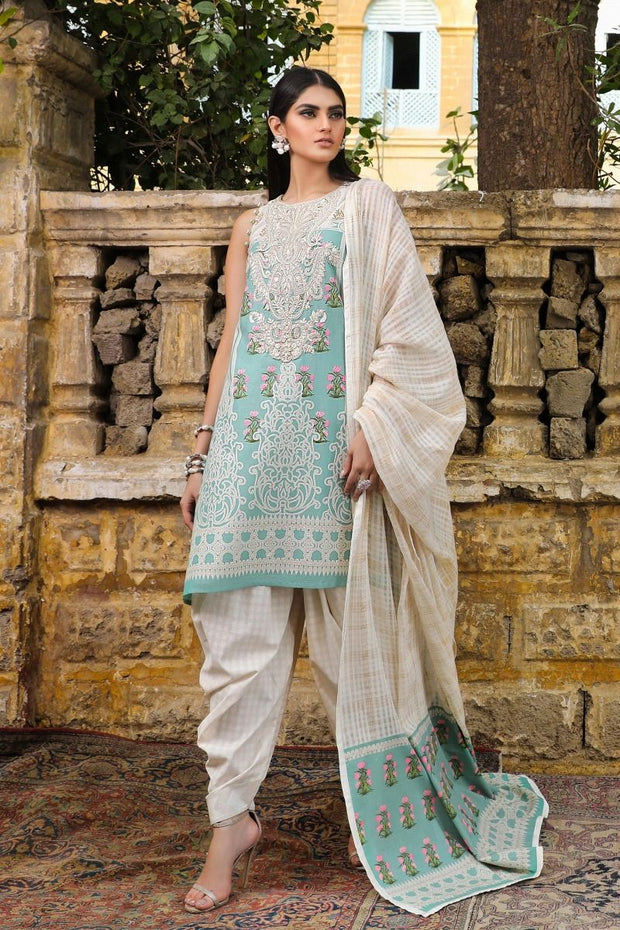 Pakistani salwar kameez images for women