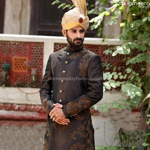 Printed Pakistani Sherwani for Groom online 2021 Close up view