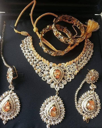 Silver Jewellery Set with Stones