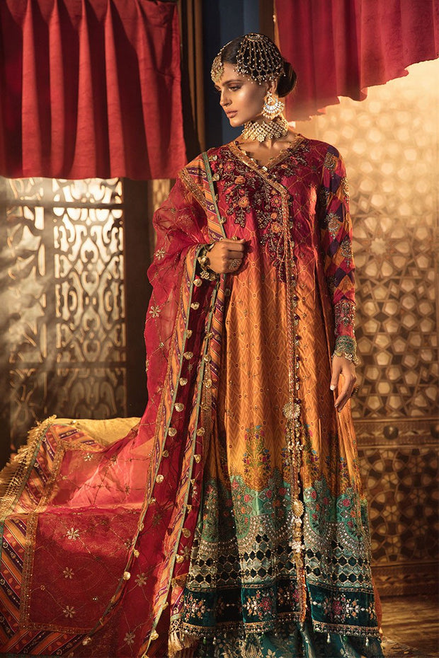 Stylish Pakistani Designer Dress for Wedding Party Side Pose
