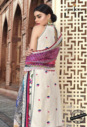 White Lawn Dress in Stylish Look Backside Look