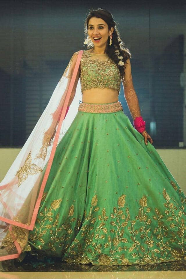 Latest fresh Indian wedding lehenga choli 2019