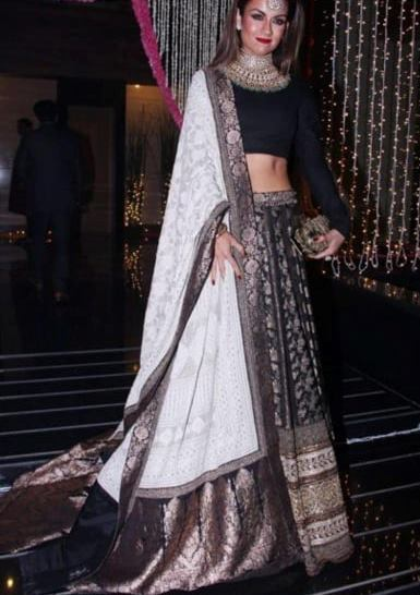 Latest Jamawar Black&pearlwhite Indian wedding dress
