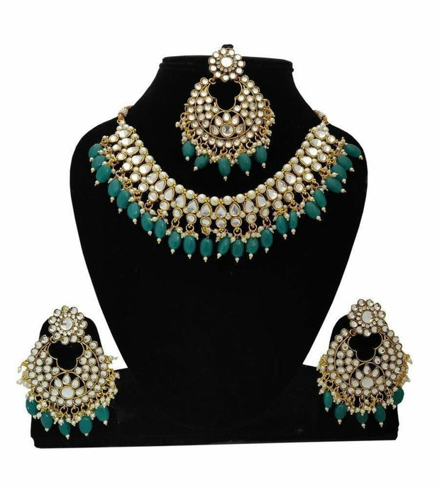 GOLD PLATED BRIDAL JEWELLERY SET IN TRADITIONAL TOUCH