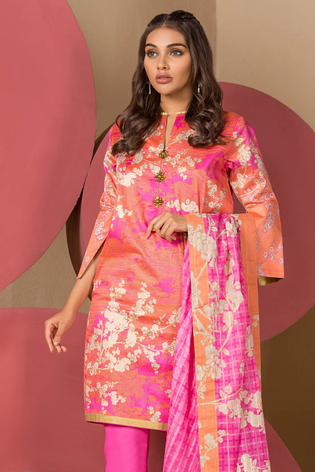 Latest Summer Pakistani casual printed lawn outfit in pink color