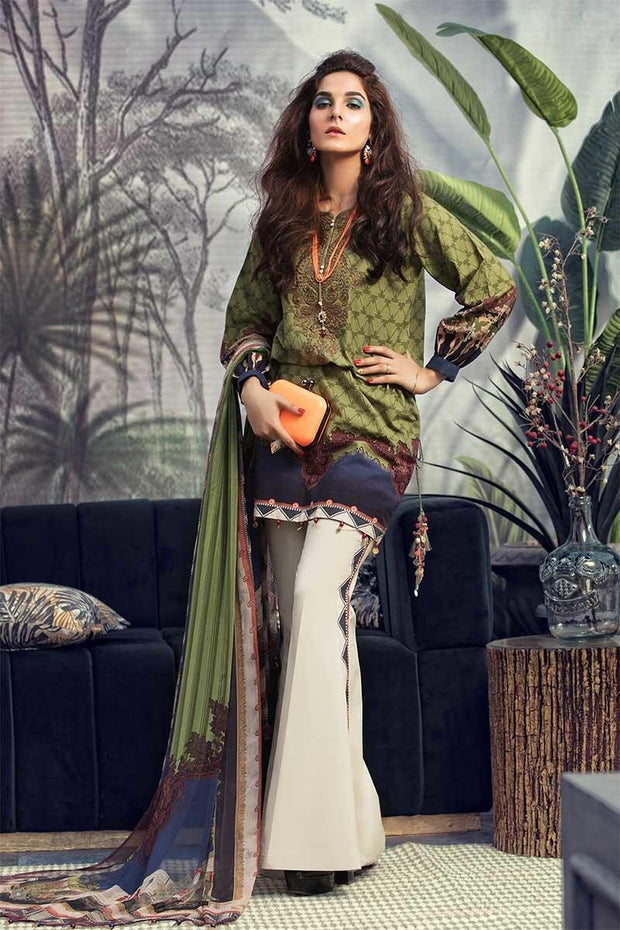 Beautiful Pakistani designer khaddar outfit in mehndi color