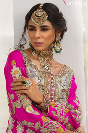 magenta color dresses pakistani