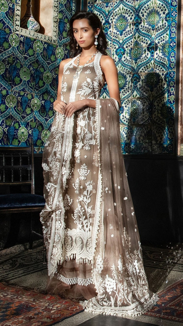 Attire as per latest Pakistani fashion trends 2019