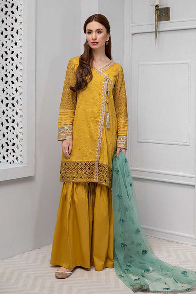 Beautiful Pakistani Eid dress in lavish mustard color