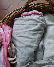 Linen Duvet with Piping, Pale Grey/Neon Pink