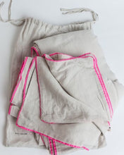 Linen Duvet with Piping, Chalk/Neon Pink