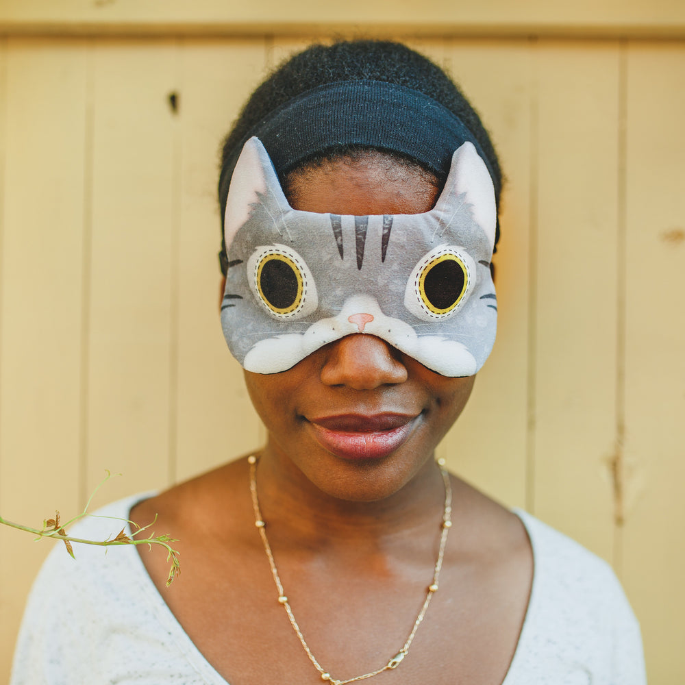Grey tabby cat | Sleep mask