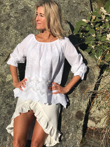 Ibiza - Ahhh dream of Summer days at the beach in this gorgeous crisp white cotton top