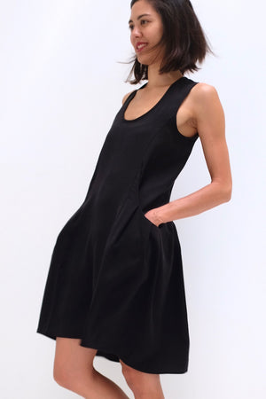 Deep Pockets Dress- Black