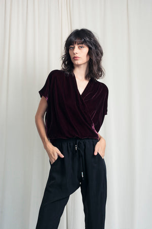 Sleeveless Twist Blouse Velvet