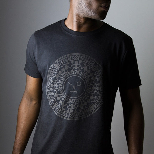 LNOE MAYAN - BLACK ON BLACK T-SHIRT