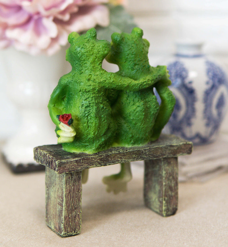 "Rainforest Romantic Frog Couple Lovers Sitting On Park Bench Decor Figurine 7""H"
