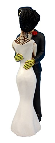 Ebros Day of The Dead Wedding True Love Kiss Skeleton Frankenstein Skull Bride and Groom Couple Figurine Graveyard Macabre Ossuary Halloween Spooky Home Decor Statue