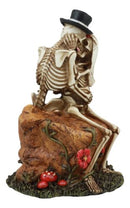 "DOD Love Never Dies Wedding Skeleton Couple Kissing In The Garden Statue 6""H"