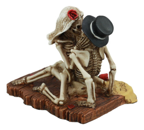 "Love Never Dies Castaway Wedding Skeleton Couple French Kissing Statue 3.75""H"