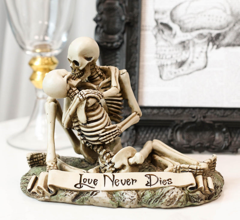 Love Never Dies Day Of The Dead Skeleton Couple Kissing By The Graveyard Statue