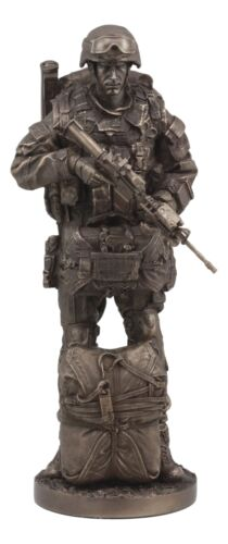 "Large Military War Parachutist Soldier Paratrooper Carrying Rifle Statue 12.75""H"