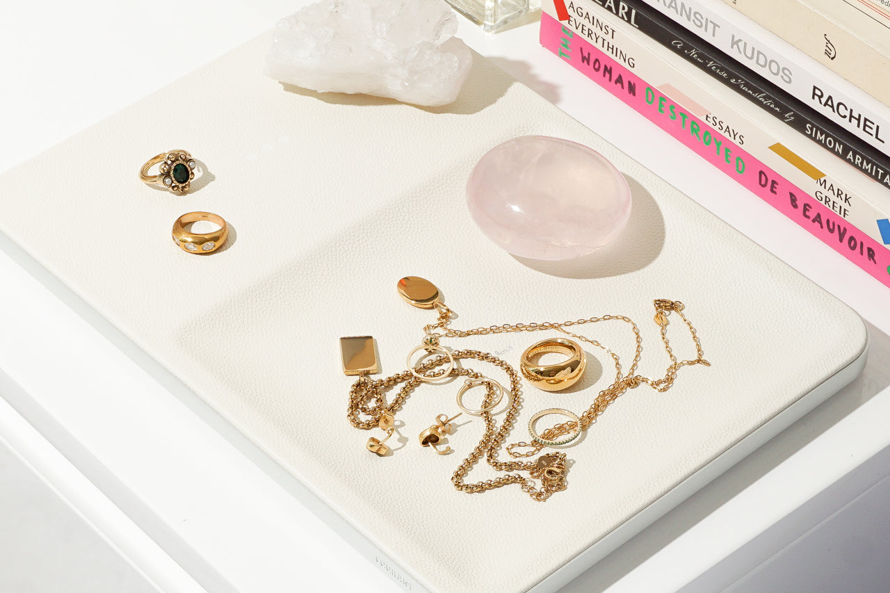 Basic Guide To Buying Gold Toned Jewelry