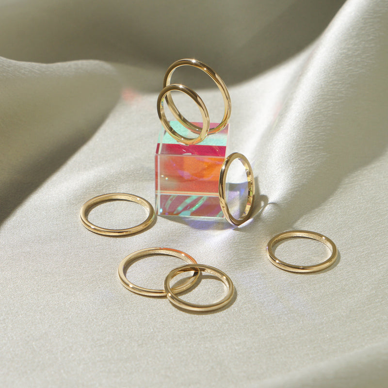 Saturn Thin Ring - Gold