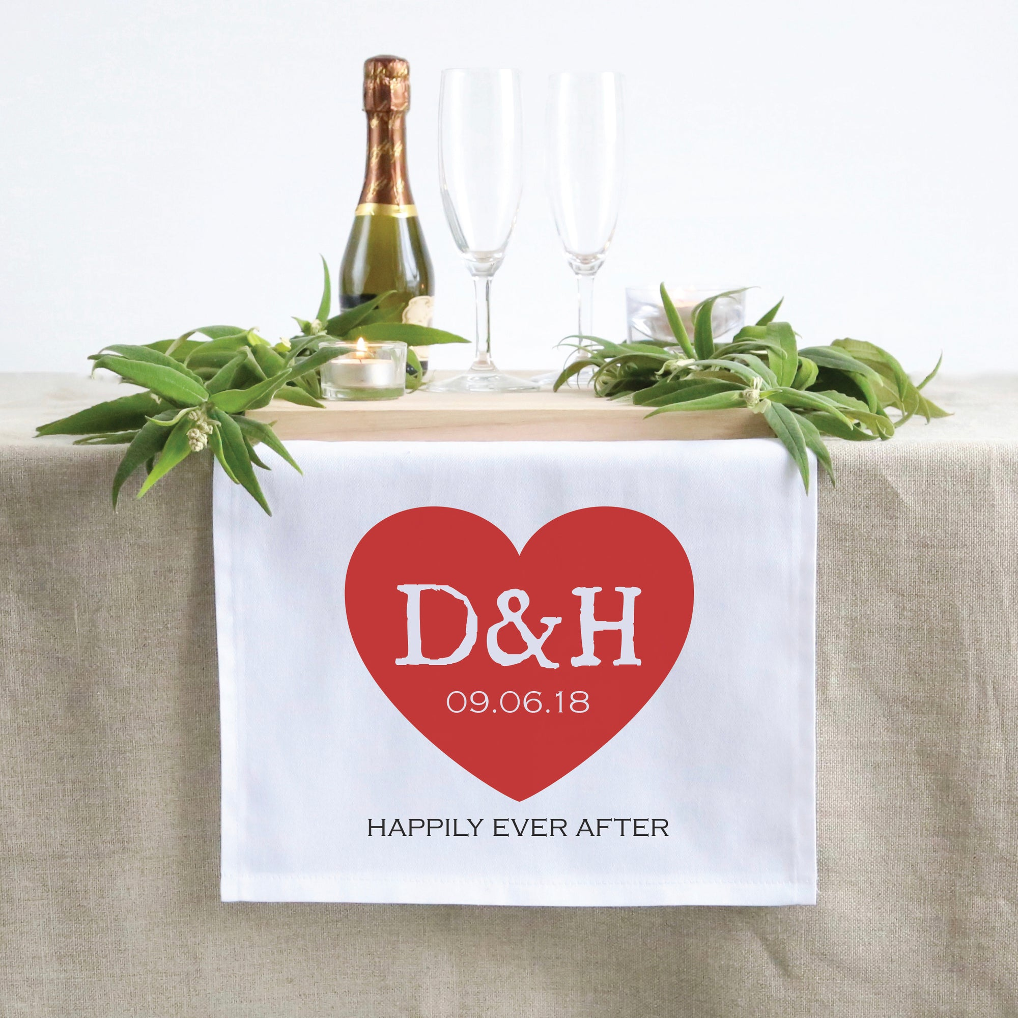 Red Heart Table Runner (3 sizes)