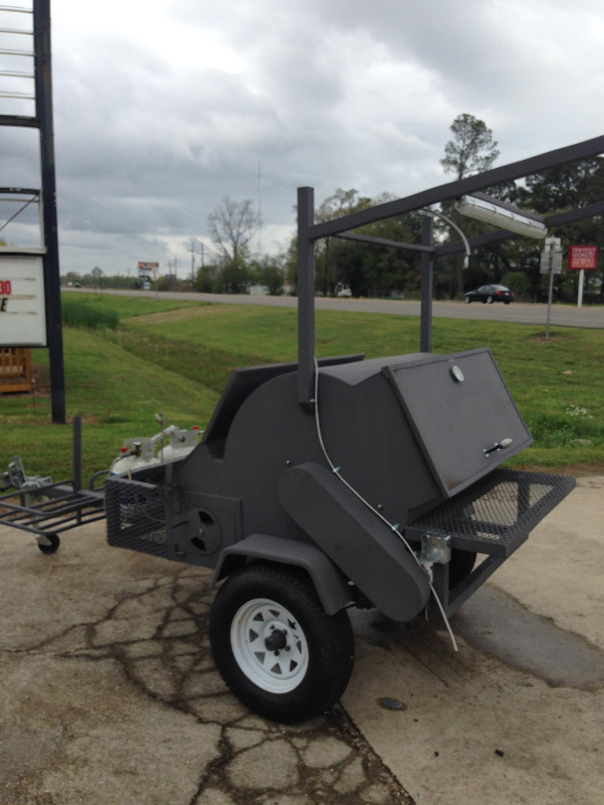 ECF Cajun Rotisseri Smoker - Edwards Custom Fabrication