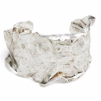Statement Curved Cuff