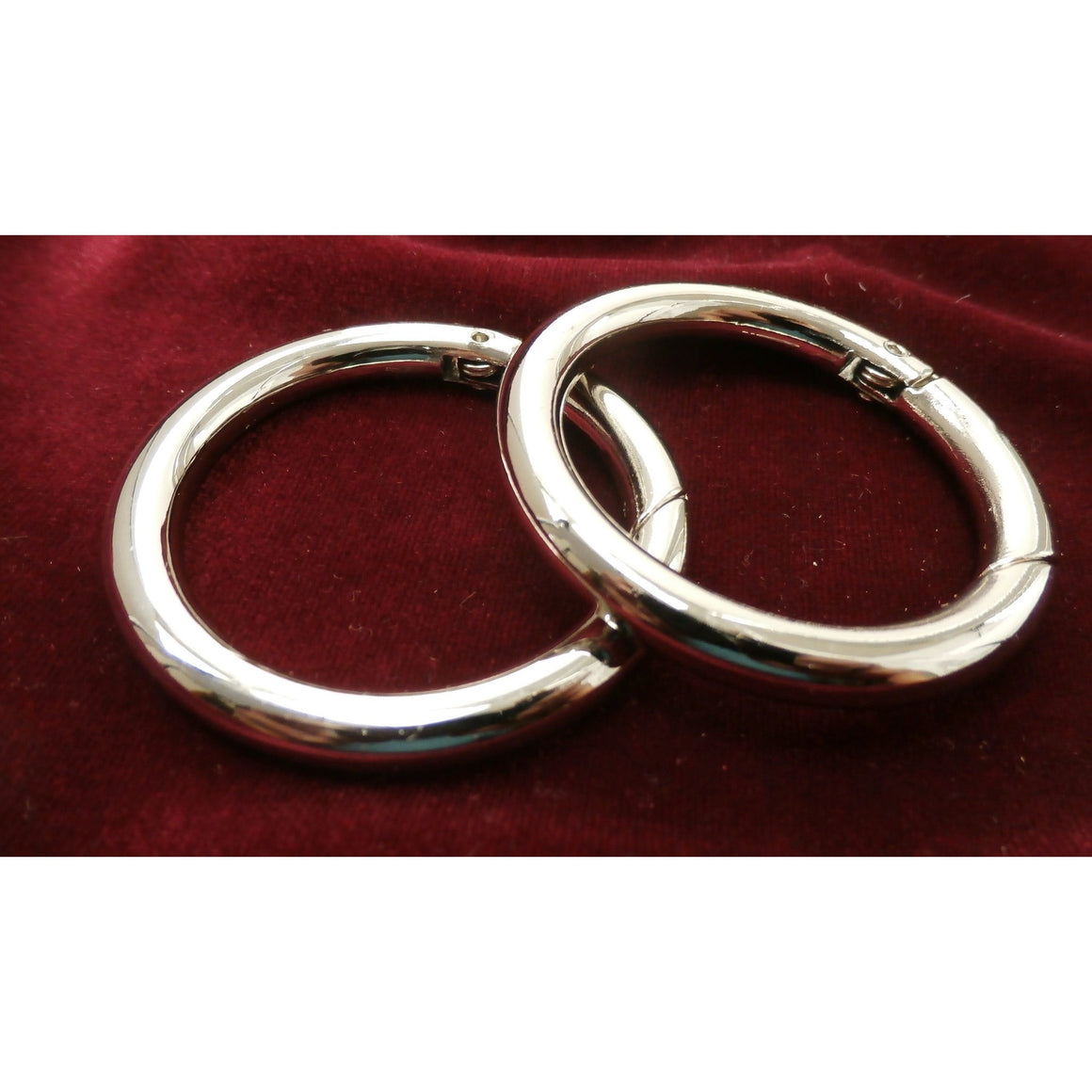 "Set of Two Spring Loaded Gate Rings  - 1 1/2""  - Attach your Carry Bag to a Tote or Purse"