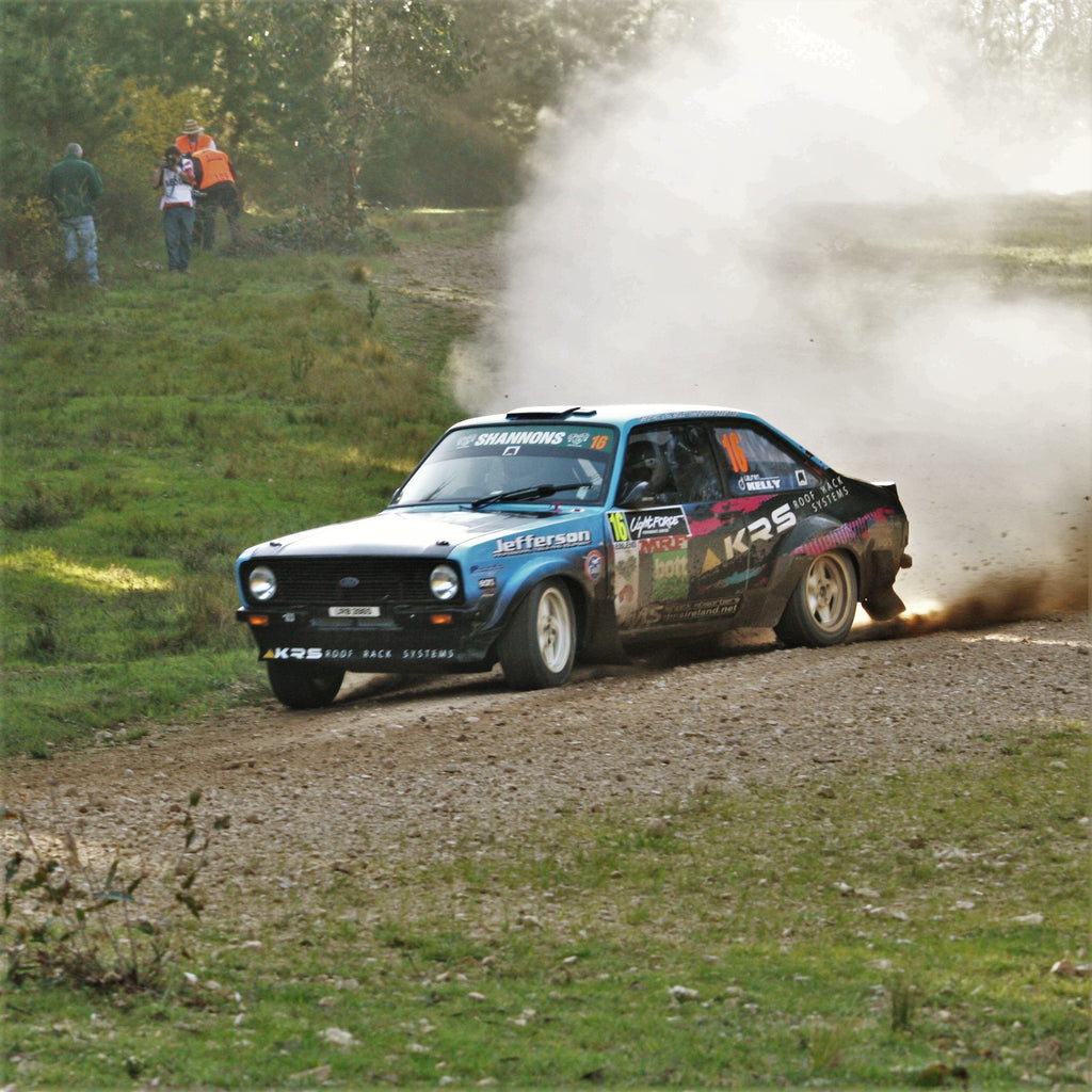 Frank Kelly drives Down Under