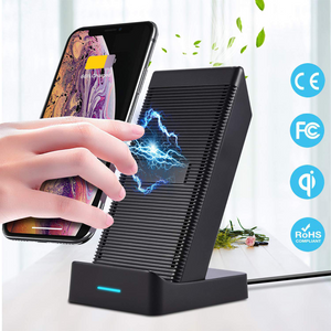 TechnoAmp Fast Wireless Charger w/ Cooling Fan 10watts 7.5W QC3.0 Fast wireless charging