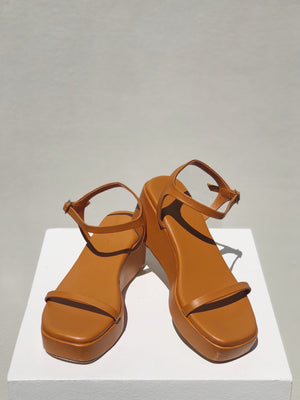 Billie Platforms: Summer