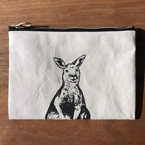 Canvas Pouch - Captured Travel / Kangaroo, Australia