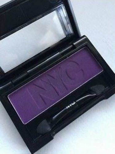 NYC Mono In Vogue Eyeshadow Purple 910