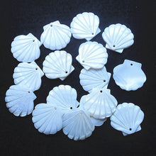 15pcs Natural Mother of Pearl Shell Bleached White Seashell Shape 20x22mm