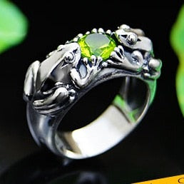 925 Fine Sterling Silver Frogs and Peridot Ring