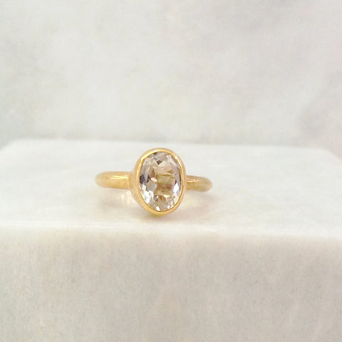 White Topaz Maxi Ring
