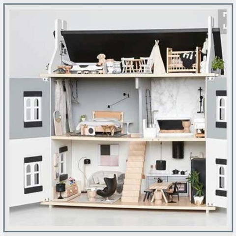 A Dollhouse for Edie