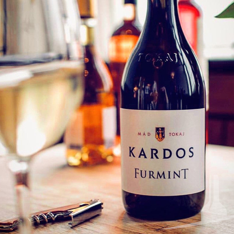 Buy Kardos wines online from Hungary