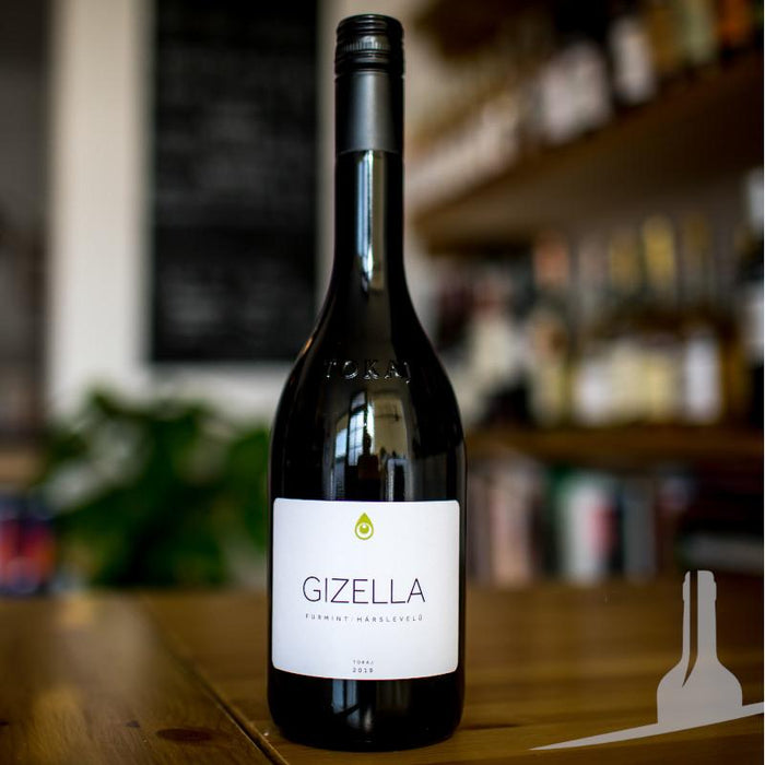 Gizella Furmint-Harslevelu Estate Blend, Hungary