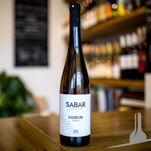 Buy Sabar Estate Olaszrizling white wine from Hungary