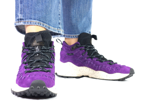 Sneaker da donna Flower Mountain, modello Mohican. Materiale Suede/Hairy. Colore Violet. Indossata.